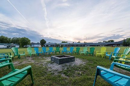 Aurora Recovery Centre outdoor meetings, fire pit, circles